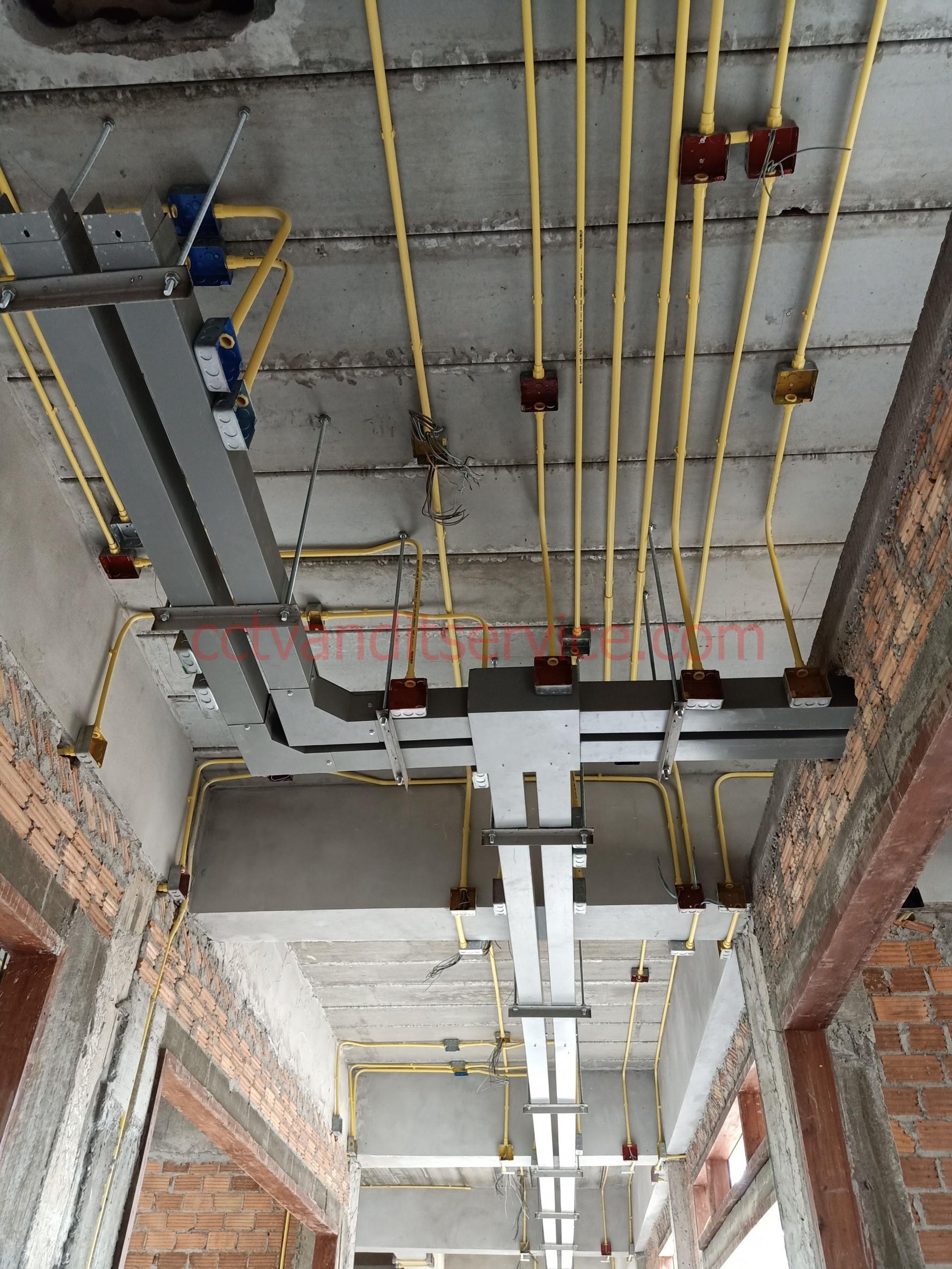 เชียงใหม่ งานไฟฟ้า 3เฟสวางรางเหล็ก ติดตั้งระบบไฟฟ้า 3 เฟส โรงานขนาดเล็ก ขนาดกลาง งานห้าง โกดัง